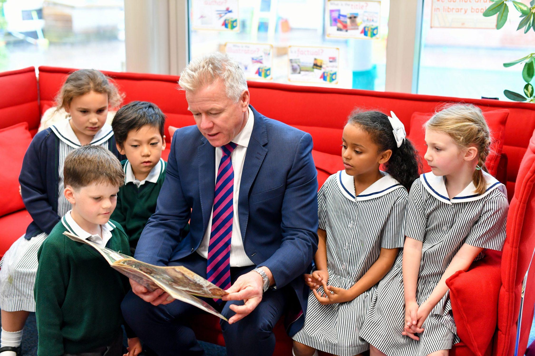 Gareth with children41
